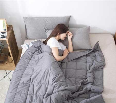 Dieper slapen met het swiss nights verzwaringsdeken